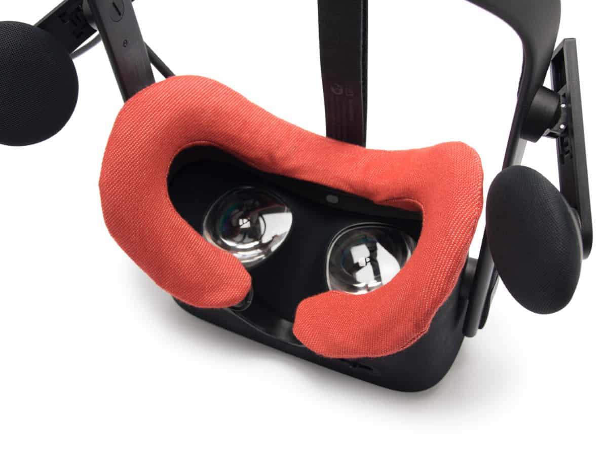Oculus RIft VR Cover Red